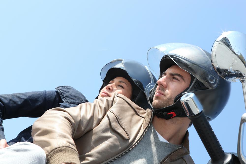 Zelao-4-dicas-de-seguranca-para-transportar-passageiros-em-sua-moto