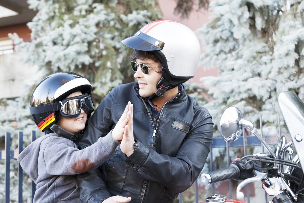 filho apaixonado por motos