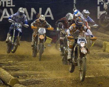 00a565e1ed866 5 diferenças de motocross e enduro - Blog Zelão Racing