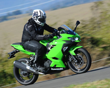 Nova Kawasaki Ninja 400